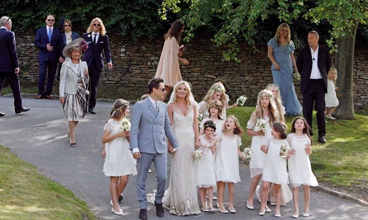 kate-moss-jamie-hince-wedding-05