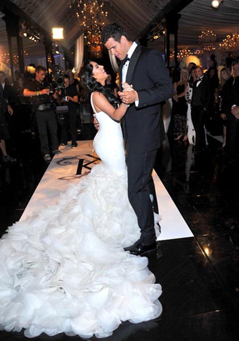 kim-kardashian-and-kris-humphries-dancing