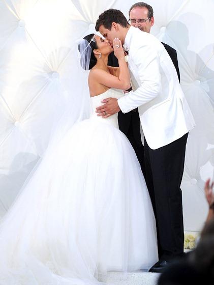 kim-kardashian-and-kris-humphries-wedding-photos