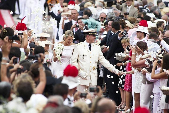 prince-albert-charlene-wittstock-religious-ceremony-royal-wedding-24