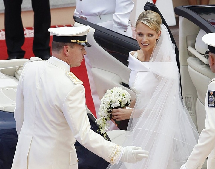 prince-albert-charlene-wittstock-religious-ceremony-royal-wedding-27