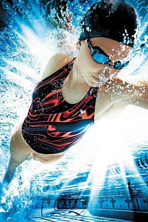 job-hall-swimming-and-running03