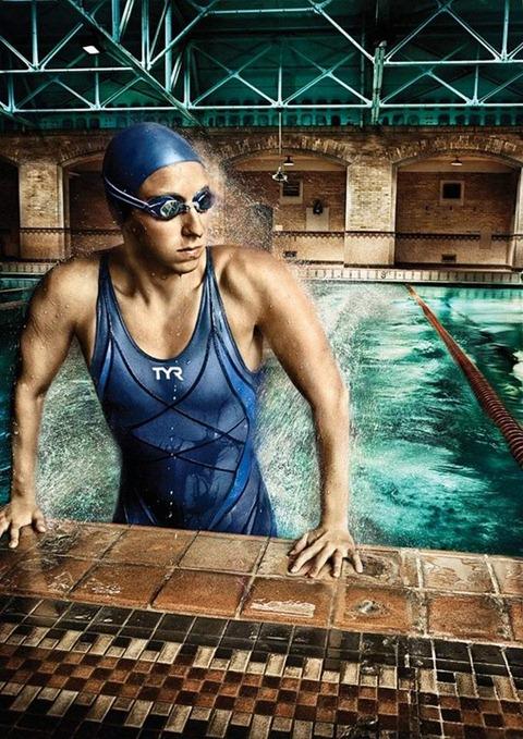 job-hall-swimming-and-running34