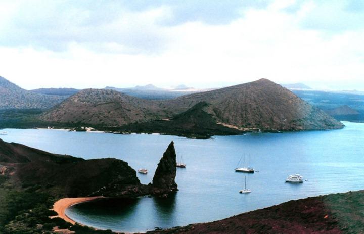 Ecuador-Bartolome-Island-Galapagos-Islands