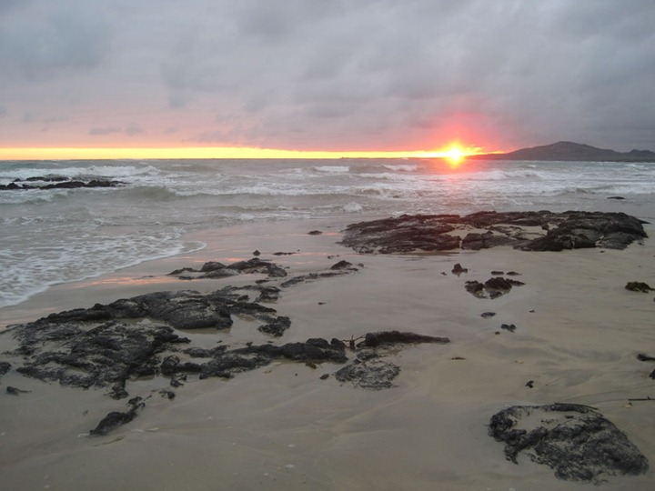 Galapagos-Island-Sunset