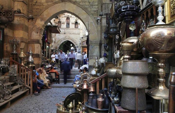 Рай для шопоголика   Рынок Хан Эль-Халили (The Khan El-Khahili souk) является самой большой торговой площадью в Каире.
