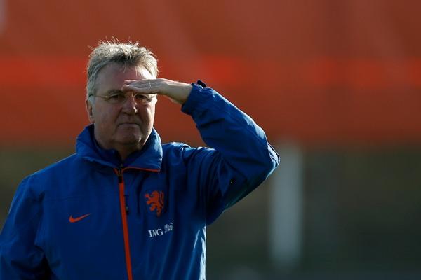 Гус Хиддинк станет новым тренером «Челси»
