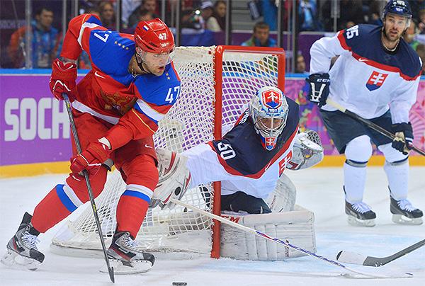 О хоккее: сборная России выиграла спортсменов Словакии