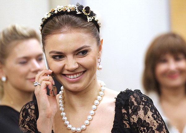 Новый высокий пост Алины Кабаевой