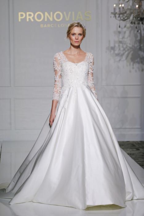 Pronovias осень-зима 2016/2017 – свадебные платья