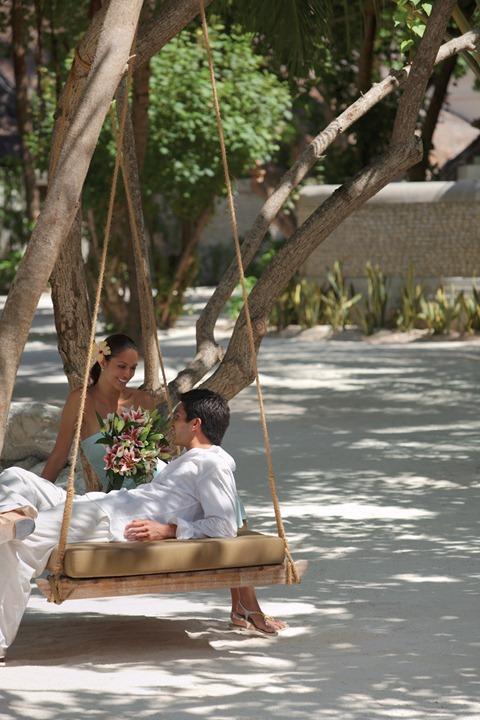 Four_Seasons_Maldives_hqroom_ru_15