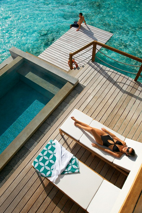 Four_Seasons_Maldives_hqroom_ru_2