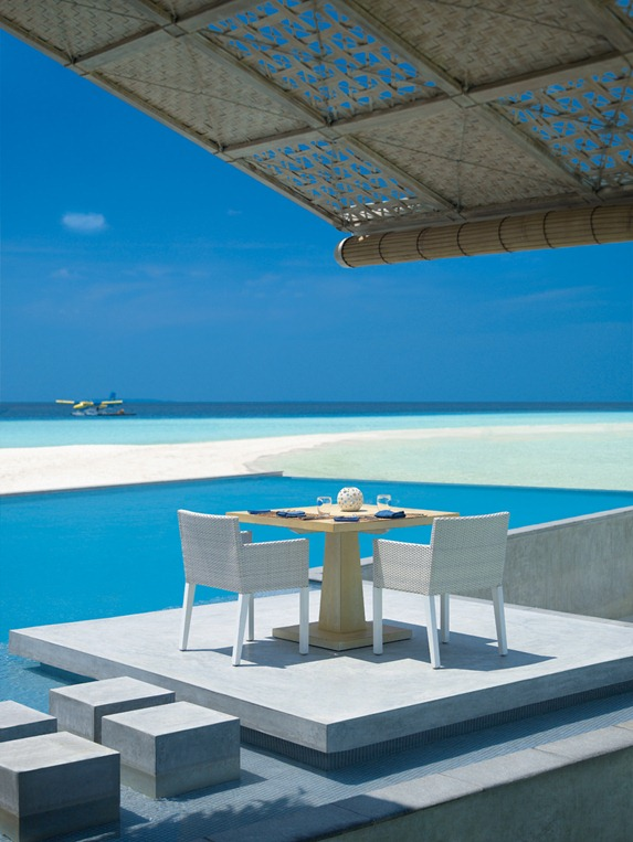 Four_Seasons_Maldives_hqroom_ru_20