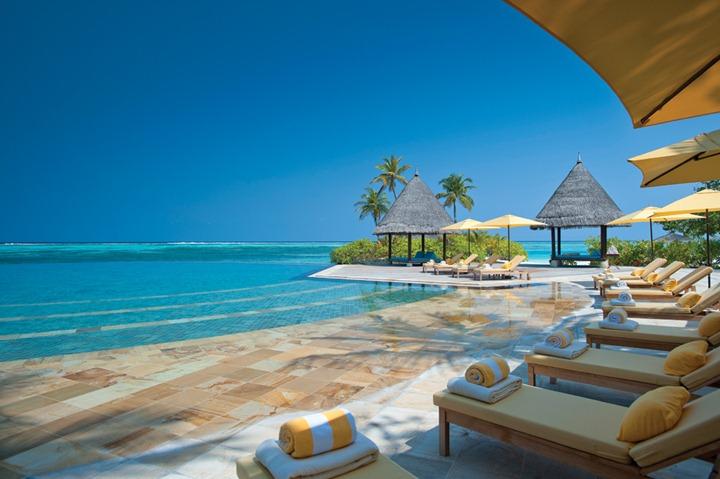 Four_Seasons_Maldives_hqroom_ru_21