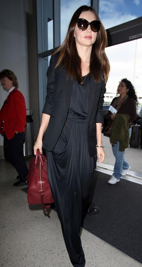 miranda-kerr-lax-black-outfit-06