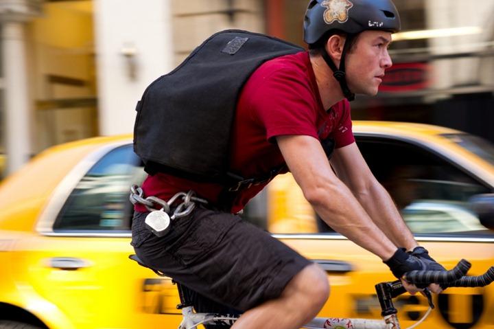 Joseph-Gordon-Levitt-in-Premium-Rush-2012-Movie-Image1