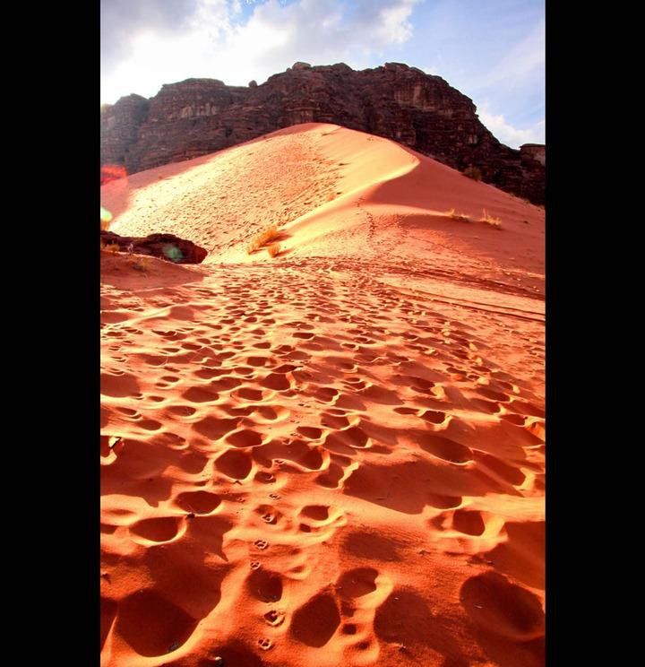 Storming-the-big-dome-at-Wadi-Rum