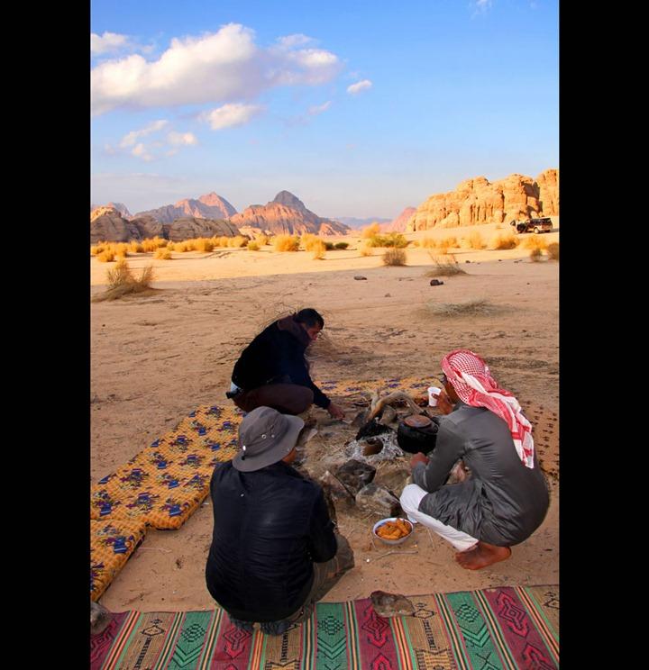 desert-tour-guides-at-wadi-rum