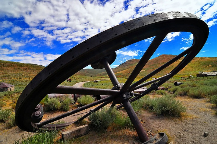 Big-Wheel-in-Bodie
