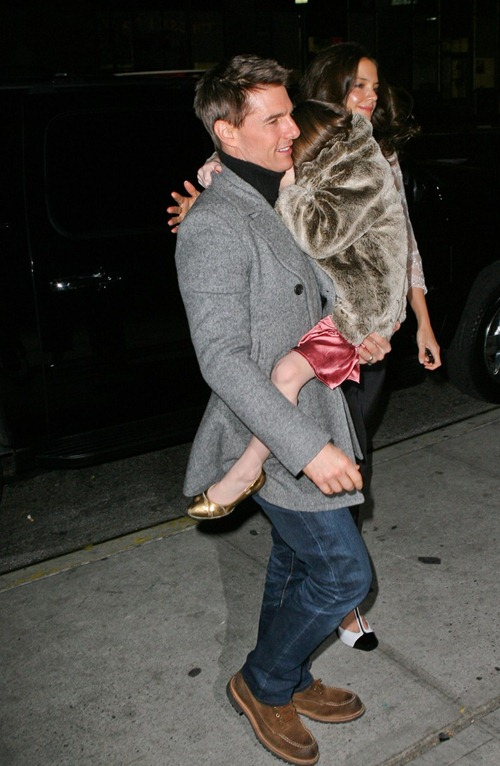katie-holmes-tom-cruise-birthday-night-out-10