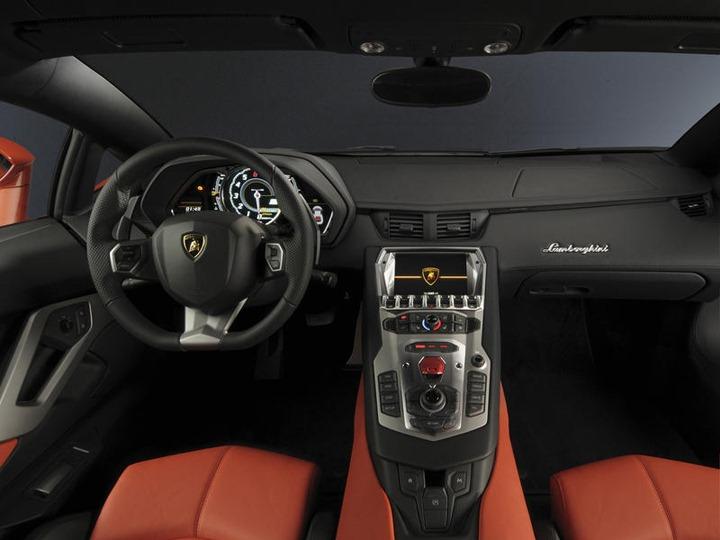006-2012-lamborghini-aventador-lp-700-4-dashboard-1280x960_w800