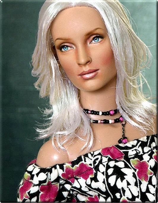 celebrity-dolls-umathurman