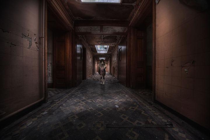 yOur-SoUL-iS-miNe-Abandoned-asylum-T