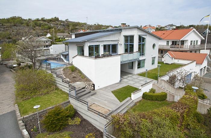 exterior-Swedish-house