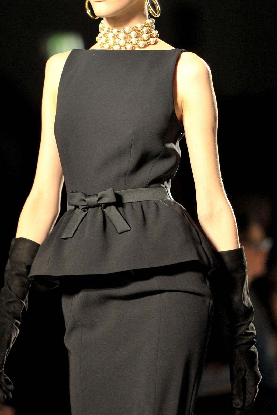 Черное платье покорившее весь мир!