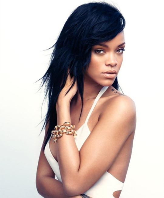 Rihanna-Bazaar-US-1