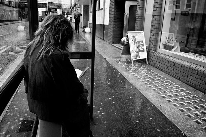 daily-grind-bus-stop-reading