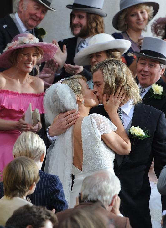 OLIVIA-WILDE-Getting-Married-in-London-6