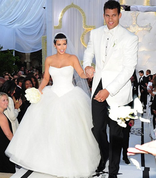 Kim-Kardashian-and-Kris-Humphries-Wedding-Photos-07