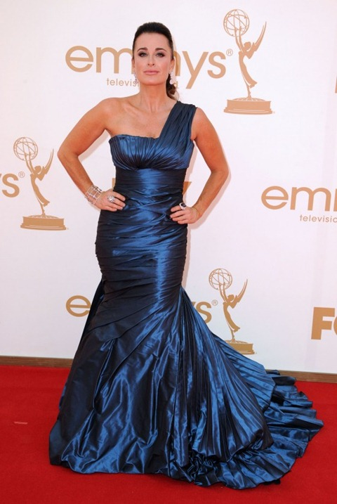 Kyle Richards - 2011 Emmy Awards-02-560x837