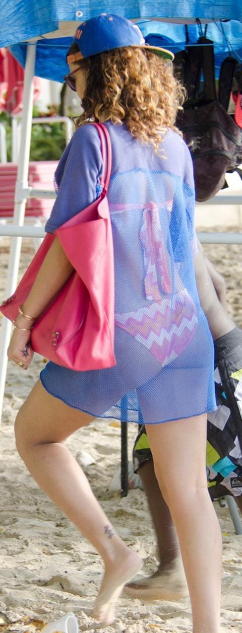 rihanna-sheer-cover-up-bikini-03