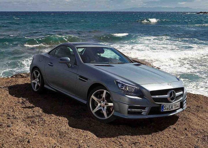 2012-Mercedes-Benz-SLK350-Front-Angle-2