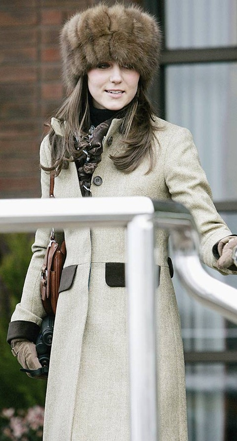 lady-diana-kate-middleton-style-fur-hats-1040bes012411