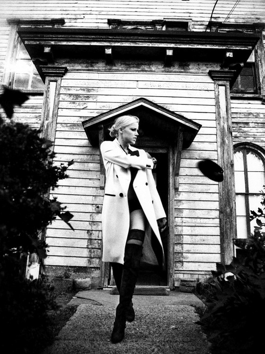 Amber-Heard-by-Ellen-Von-Unwerth13