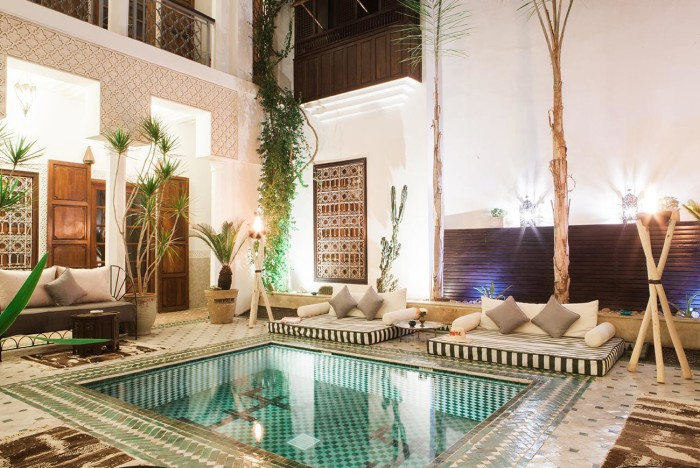 riad-yasmine-marrakech-patio-vue-nuit